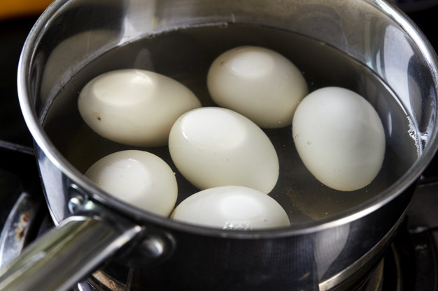 Mistakes to Avoid while boiling eggs